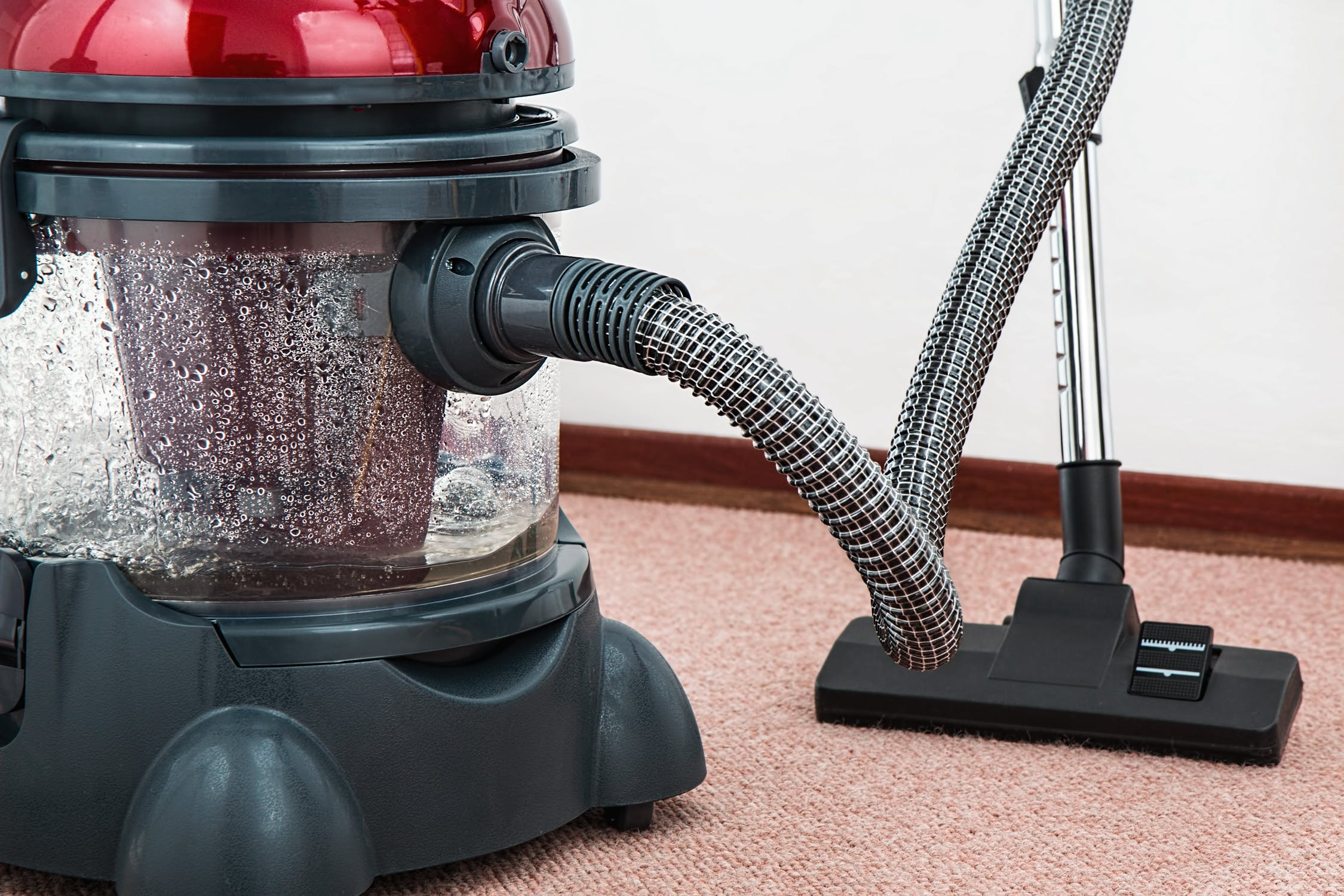 vacuum cleaner for home cleaning