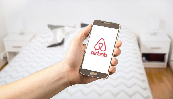 airbnb cleaning manchester